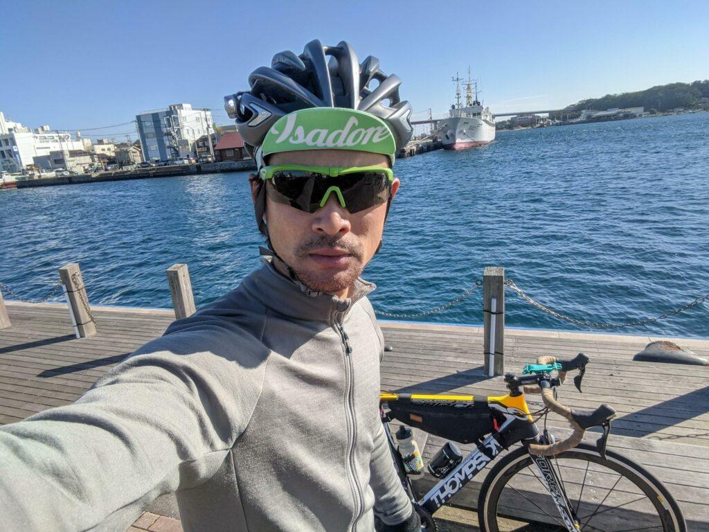 こちらは自転車で使っているCROSSBOWのゾンビグリーンというカラー