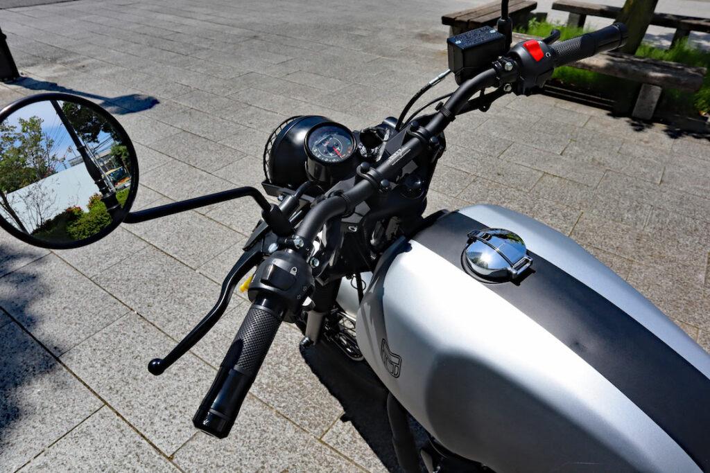 気になるバイク、乗らせていただきます。